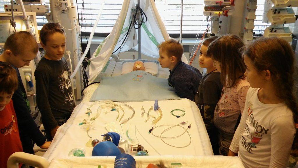 Školní družina ne exkurzi v nemocnici
