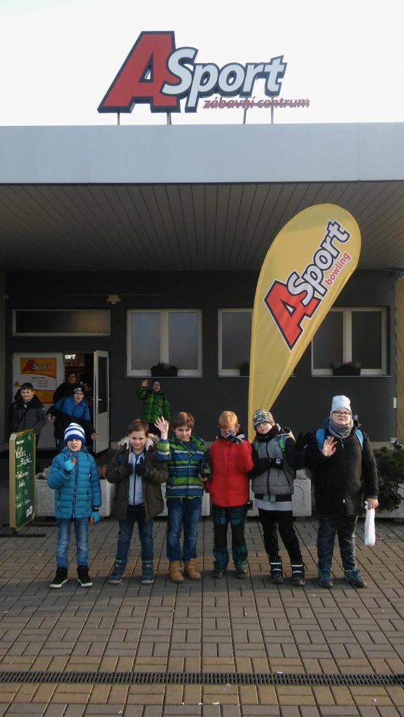 5. Oddělení školní družiny na bowlingu v Malšovickém A-sportu