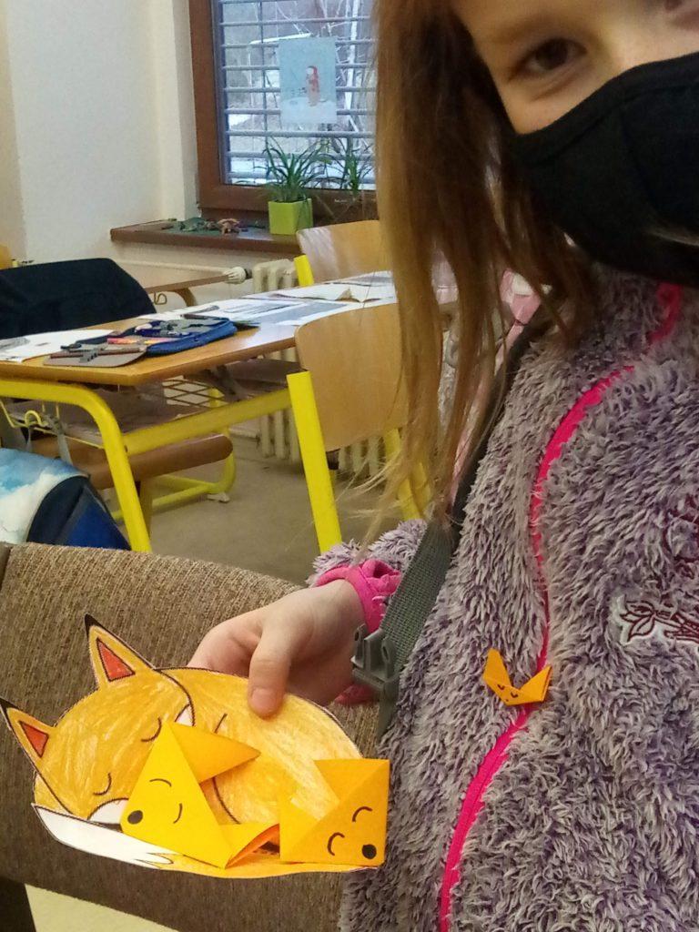 Origami a vystřihovánky v 3. oddělení školní družiny